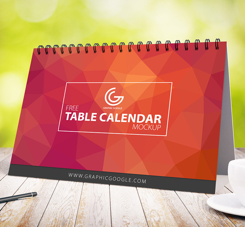 free-awesome-table-calendar-mock-up-1