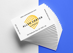 Free Realistic Business Cards Mock-up