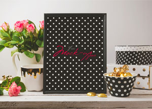 Free-Beautiful-Glamour-Photo-Frame-Mock-up-Psd-600.jpg