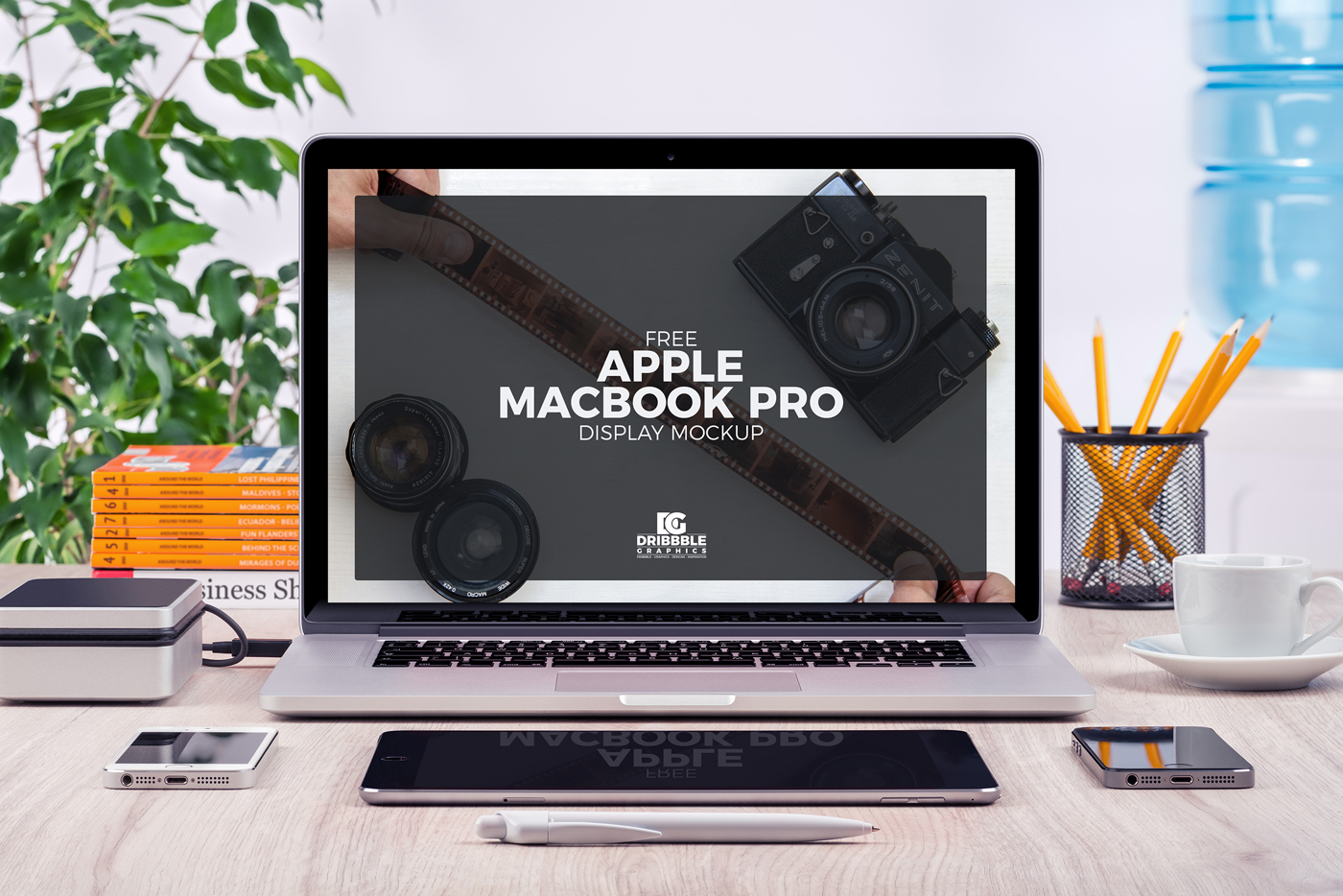 Free-Apple-MacBook-Pro-Mock-up-Psd