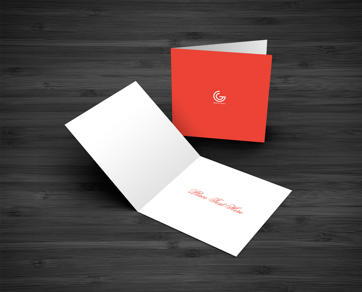Free-Greeting-Card-MockUp-PSD-Template