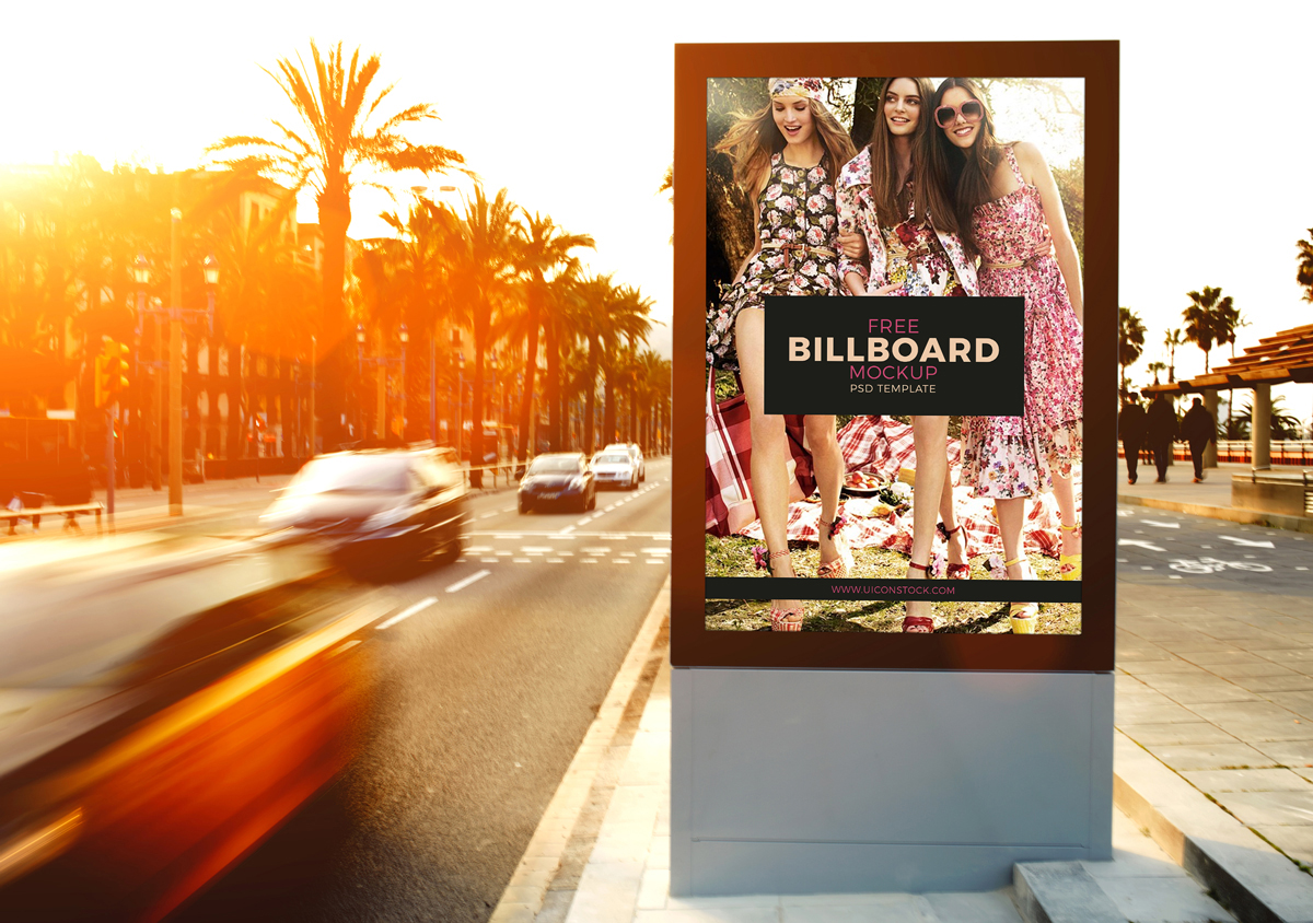 Free-Outdoor-Roadside-Billboard-MockUp-Psd-Template-600