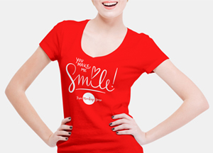 Free Smiling Woman Wearing V-Shape T-Shirt Mockup PSD #1