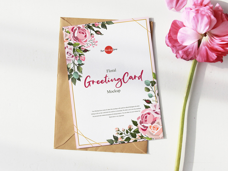 Free-Floral-Greeting-Card-Mockup-600