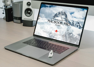 Free-Modern-Workstation-MacBook-Pro-Mockup-300.jpg
