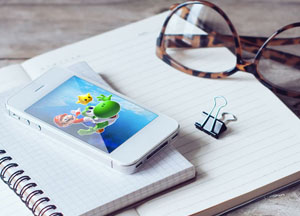 Free-iPhone-4s-Mockup-PSD-600.jpg