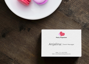 Free-Top-View-Business-Card-on-Wood-Mockup-2018.jpg